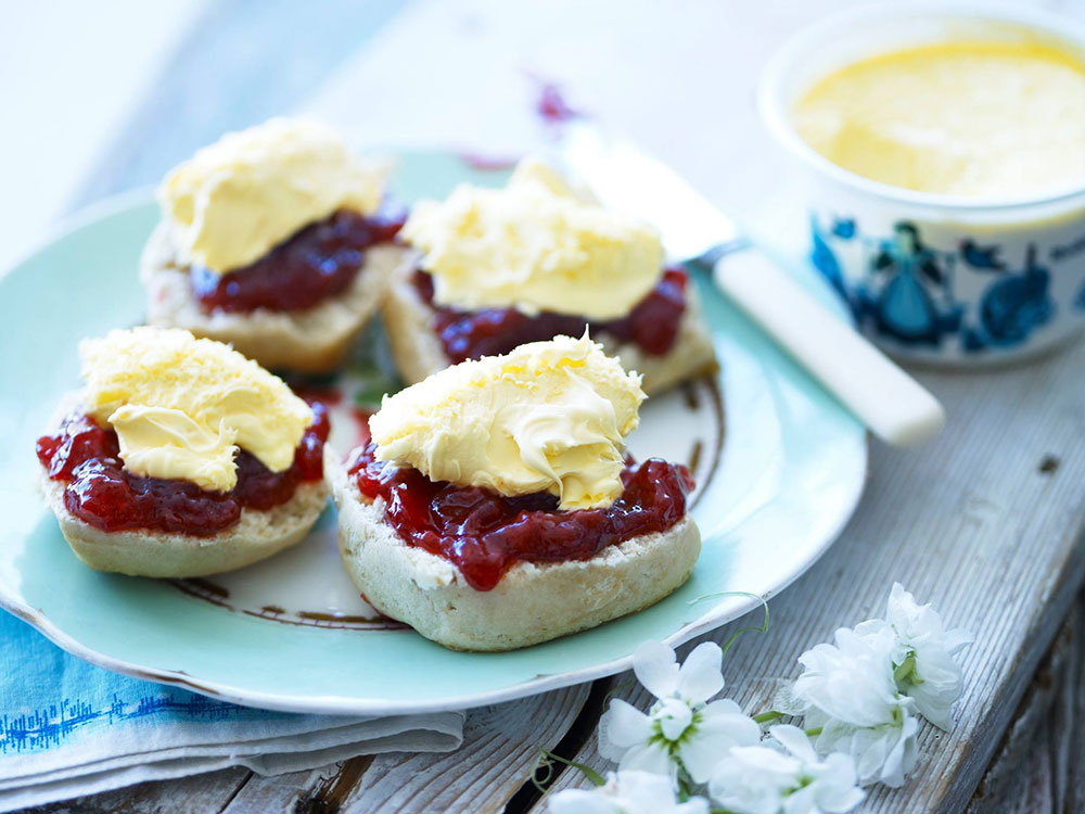 scones clotted cream roddas